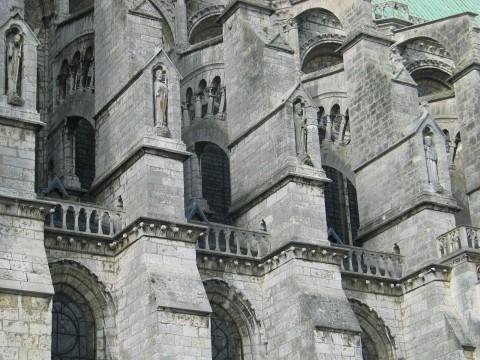 cathedrale-edifice-arcs-architecture